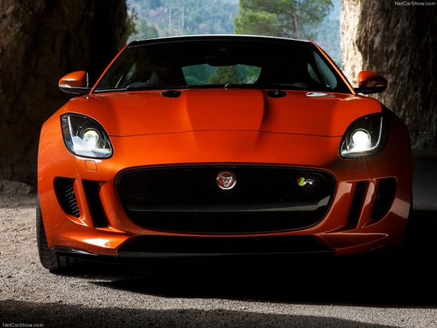 Jaguar-F-Type_R_Coupe_2015_1024x768_wallpaper_7c