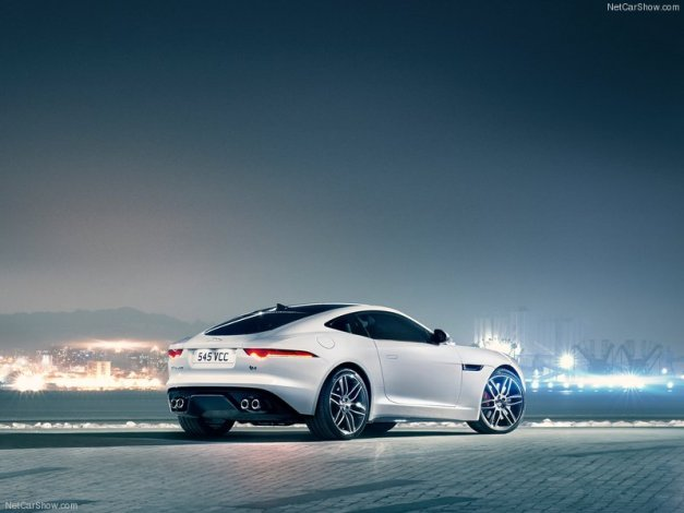 Jaguar-F-Type_R_Coupe_2015_800x600_wallpaper_55