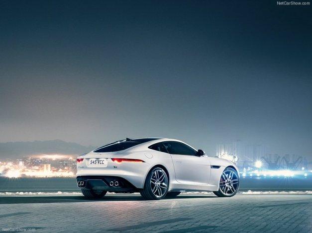 Jaguar-F-Type_R_Coupe_2015_800x600_wallpaper_55