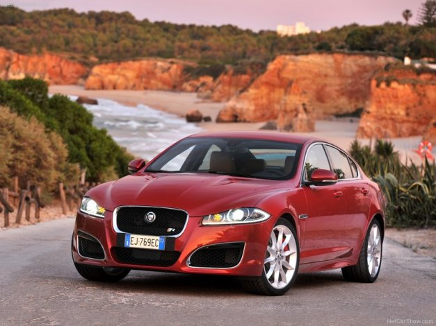 Jaguar-XFR_2012_800x600_wallpaper_01