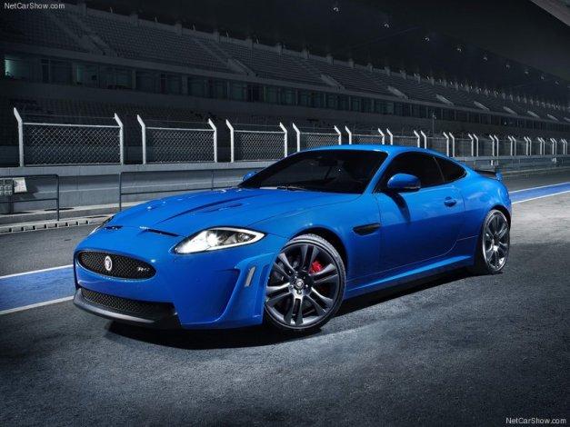 Jaguar-XKR-S_2012_800x600_wallpaper_03